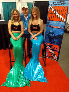 Jerry the Diver Guy with Mermaid Cierra and Tiffany!
